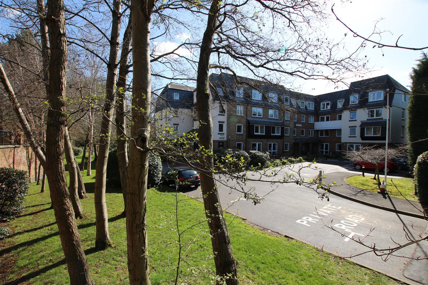 Mill Bay Lane, Horsham